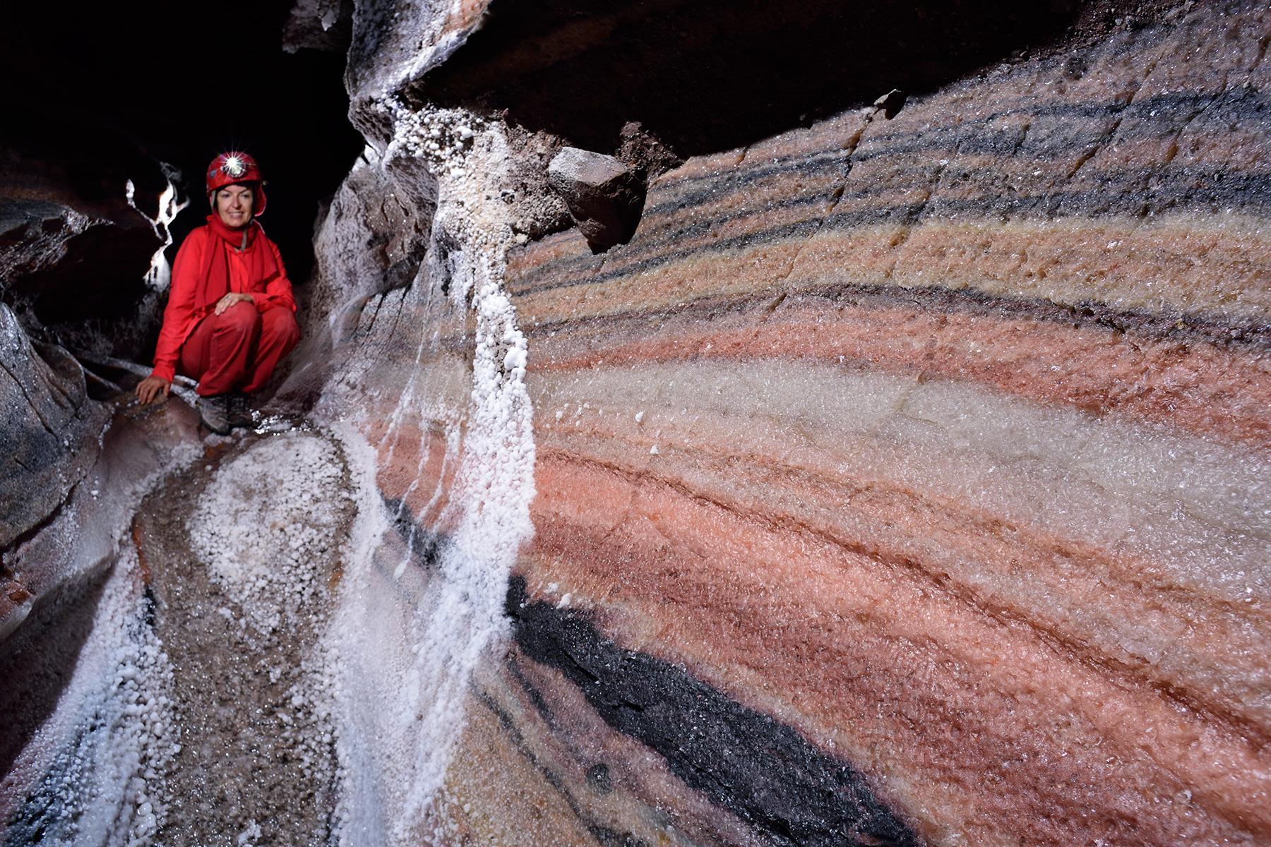 Photo 3n cave iran le de qeshm diapir de sel de - Desherber avec du sel ...