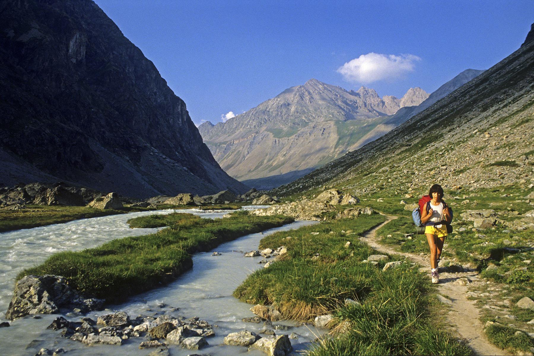 Photo vall e de la romanche massif des ecrins hautes for Hautes alpes