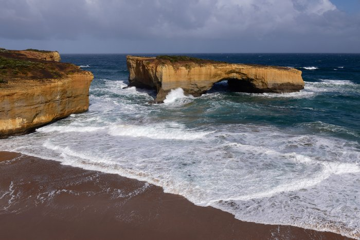 Great Ocean Road (South Australia, Australie) - London Bridge près du site des Twelve Apostles(VO-17-0779)